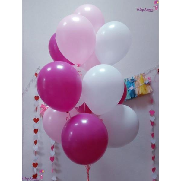 Бело-розовое облако шаров