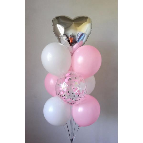 Бело-розовый фонтан с сердцем