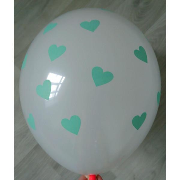 """Белый латексный шар """"Сердца"""", мятные"""