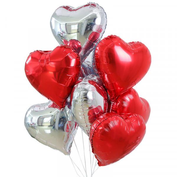 Букет из красных и серебряных сердец