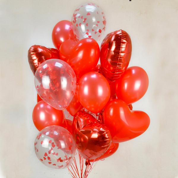 Композиция из шаров ко Дню Влюбленных