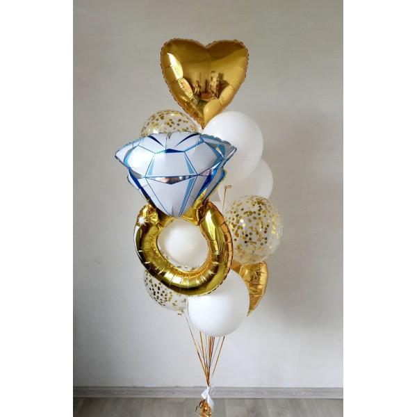 Композиция из шаров с кольцом на девичник