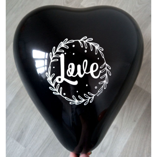 "Латексное сердце ""Love"", черное"