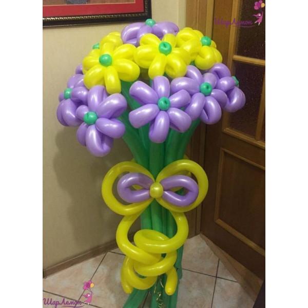 Лилово-желтый букет цветов