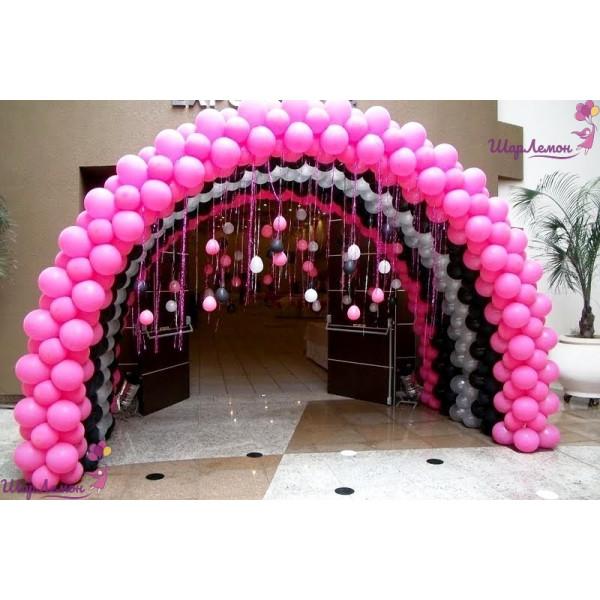 Потрясающая арка в розово-черном цвете
