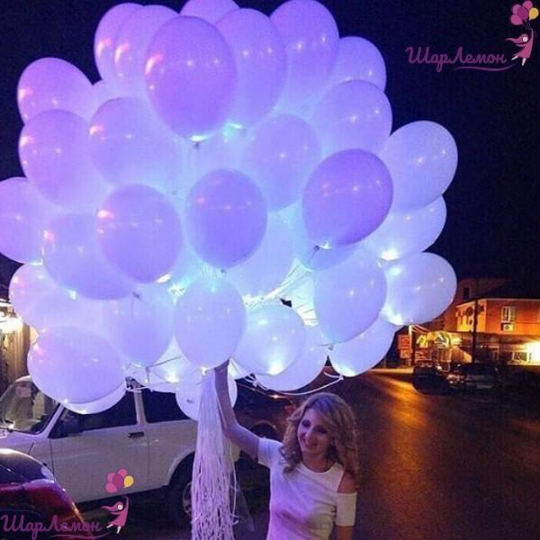 Светящееся облако шаров на свадьбу