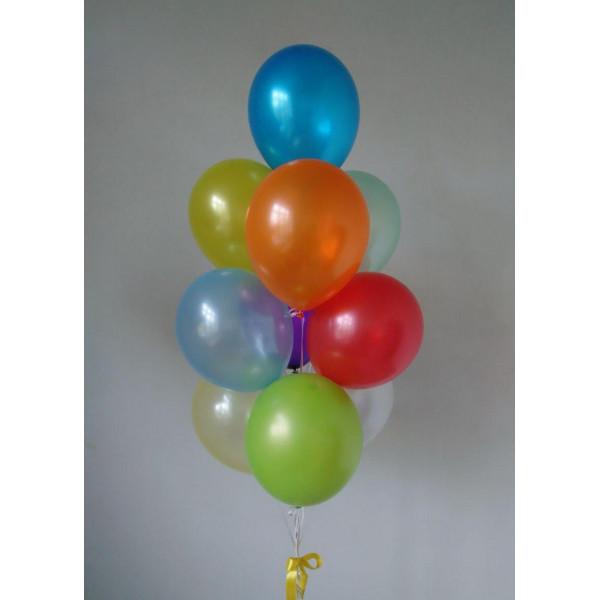Разноцветный фонтан из перламутровых шаров